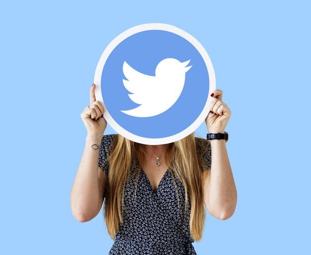 femme-logo-twitter